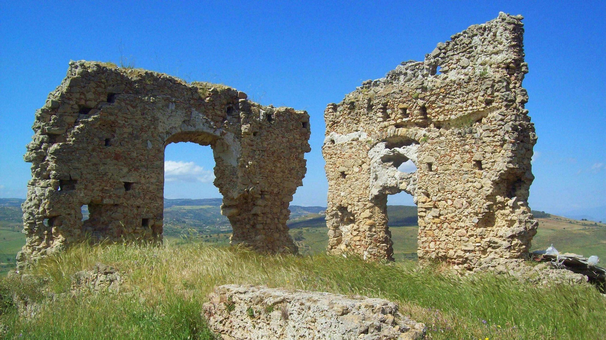 Castello Gravina San Michele di Ganzaria